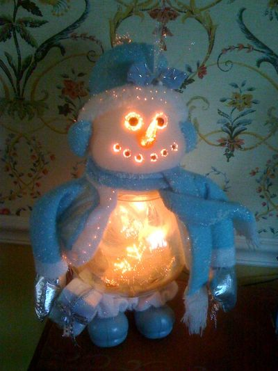 Alien Cyborg Snowman From Hell
